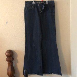 The Sweetheart wide leg jeans sz 6